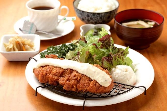 夢の樹「チキン南蛮定食」