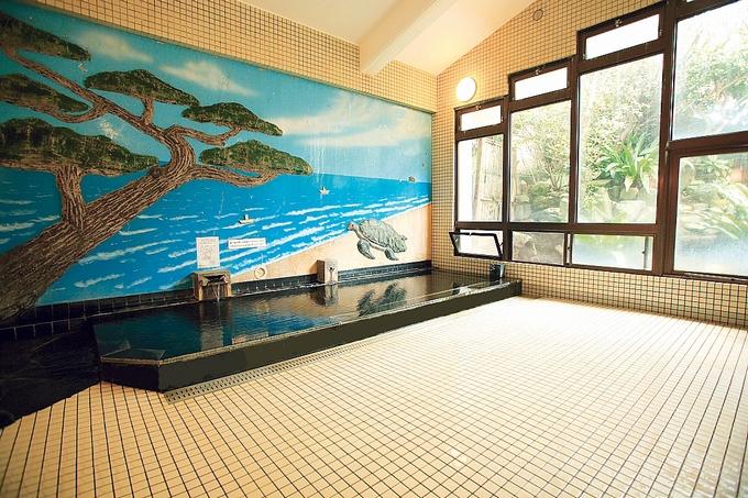 中島温泉旅館の大浴場