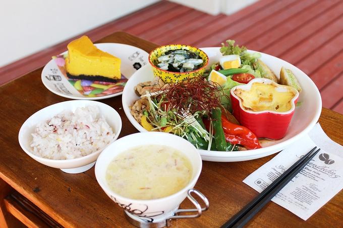 たか森カフェ「たからべ森の野菜ランチ」
