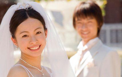 古い記事: 問題:鹿児島県内では何組のカップルが結婚したのでしょうか?