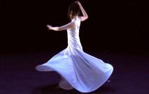 古い記事: 谷よう子さん | 舞踊家にとって、自分を表現すること=生きる