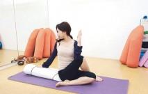 古い記事: 足を組んでねじるポーズ/背中や腰の張りに | グラヴィティヨ
