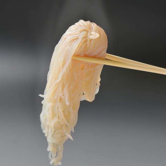 ファミマのおでん 味付結び白滝(かつお粉入)