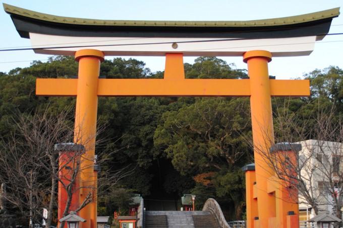 (写真提供:新田神社)