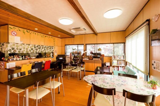店は院長らが指導する空手道教室など、健康づくりのためのスペースとしても使われている