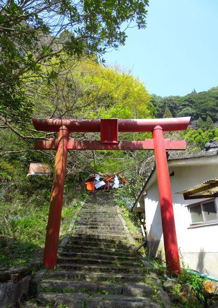 安楽温泉神社