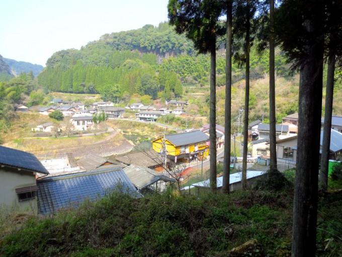 6つの温泉施設がある安楽温泉の全景