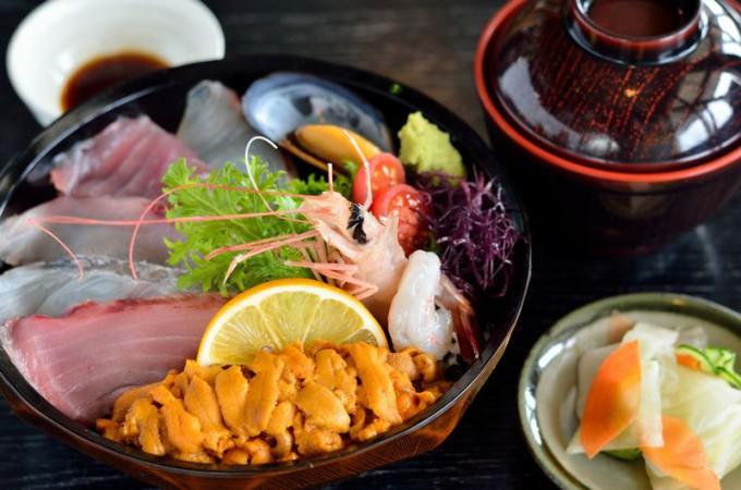 道の駅「阿久根」の「うに海鮮丼」