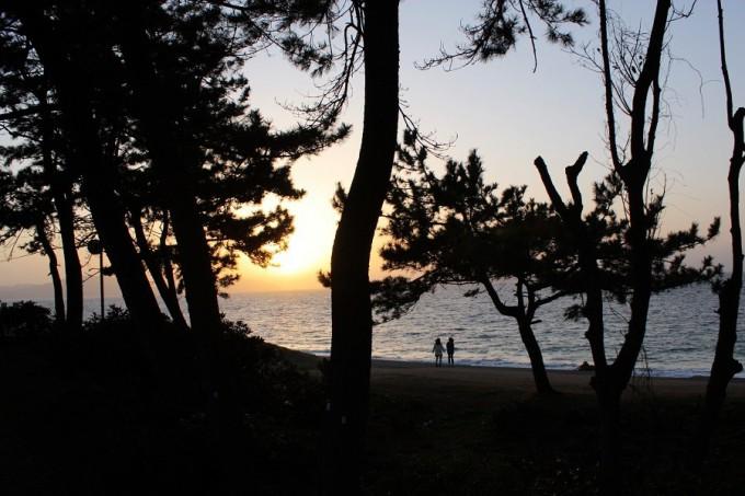 夕暮れの散歩(休暇村)