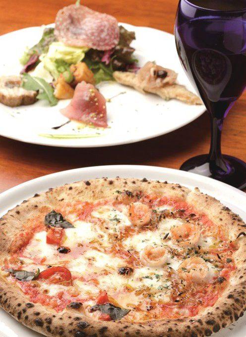 トレ・グラッポリのピザの日替わりランチ