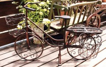 古い記事: フラワーラックやスタンドの活用で、植物の風通しを良くしよう