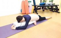 古い記事: 片脚を伸ばした眠る鳩のポーズ/骨盤を調整 | グラヴィティヨ