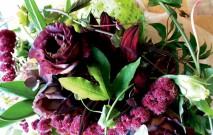 古い記事: 花束作りは花屋の腕の見せ所 | 街のお花屋さん