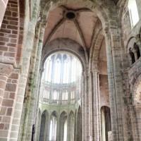 修道院のアーチがキレイ