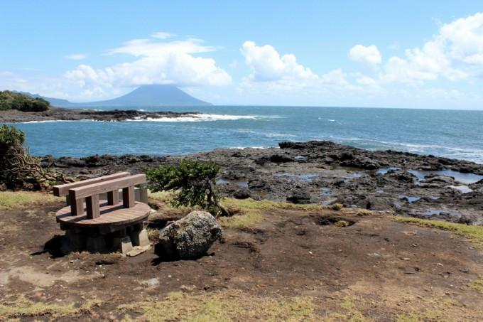 神社裏手の希望の岬。絶景を楽しめる。