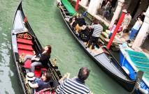 古い記事: ベネチアでゴンドラに乗りたいのに…編:お気楽主婦の世界一周
