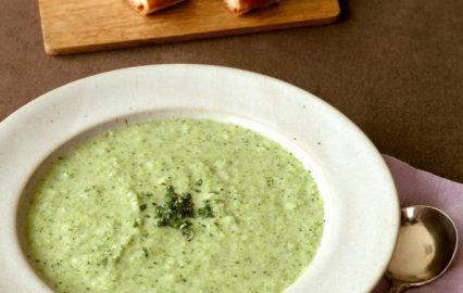 門倉多仁亜のブロッコリーのスープ