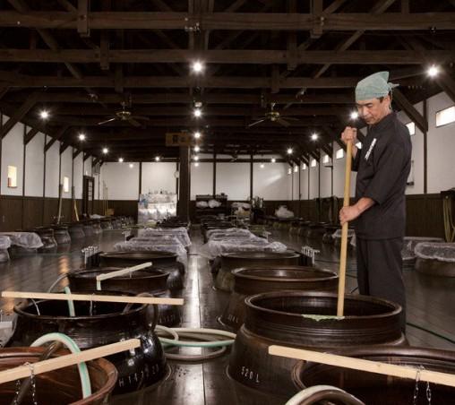 杜氏の手で造られる焼酎