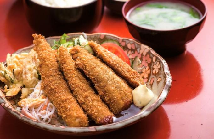 肝付町・米沢食堂の魚フライ定食