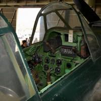 零戦22型のコクピット