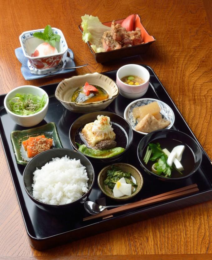月替わり、1日10食限定の奥球磨の恵み(1,500円)