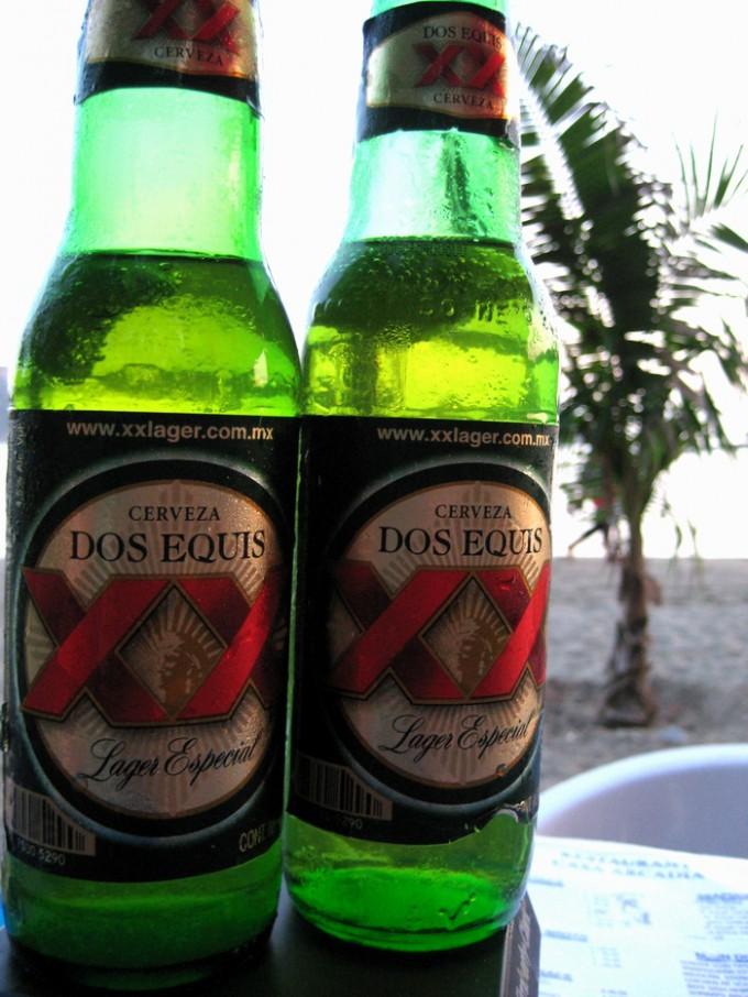 メキシコ・ ジワタネホのビーチで飲んだビール