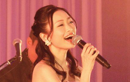 古い記事: 西田あい さん | デビュー曲「ゆれて遠花火」は同志のような