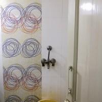 シャワーというより蛇口? 笑