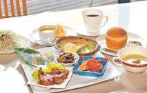 古い記事: 山の麓のレストラン ふれんず | 窓からの風景もごちそう(霧