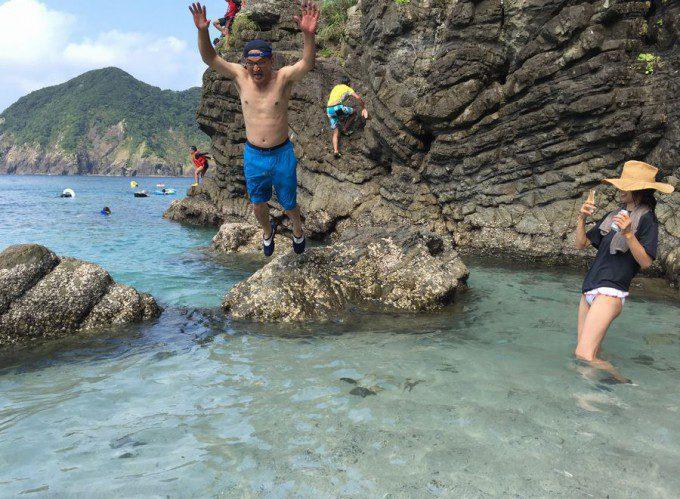 海にも飛び込みました
