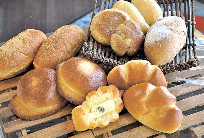 焼き立てパンの店 プチパリのパン