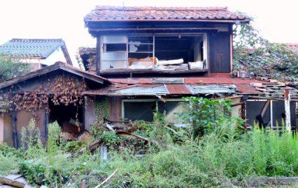 長年放置された空き家イメージ