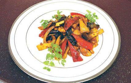 古い記事: 鶏肉と秋野菜のピリ辛炒め | 黒酢の達人レシピ