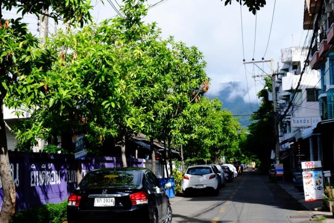 ほぼ毎日、ヘロヘロになりながら通ったチェンマイの道路