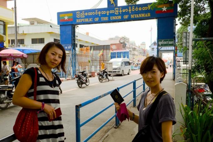 ミャンマーへ入国