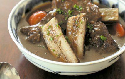 古い記事: 門倉多仁亜の旬を食べる | ゴボウと牛肉は抜群の相性!! 食