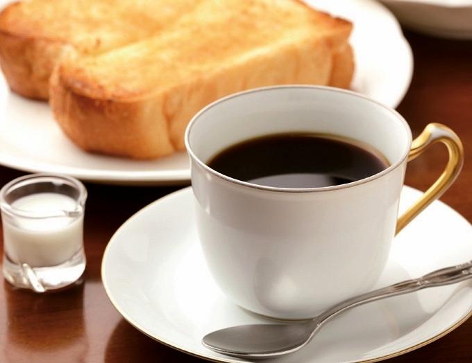 自家焙煎マリアッチのブレンドコーヒーとバタートースト