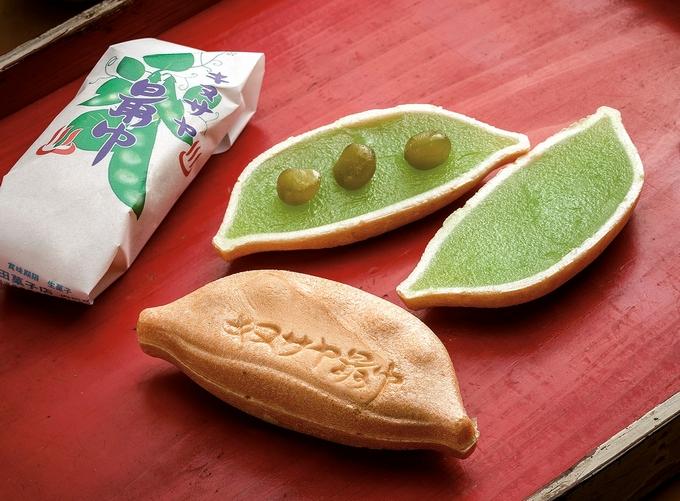 内田菓子店「キヌサヤ最中」