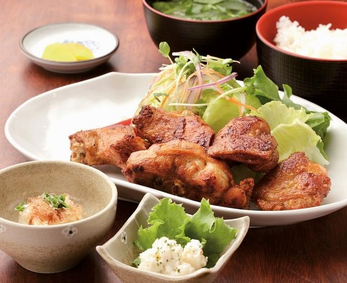 レストラン美松ガーデン 唐揚げ定食