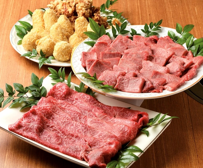 肉のカワサキ 特選黒毛和牛肉とコロッケ・唐揚げ