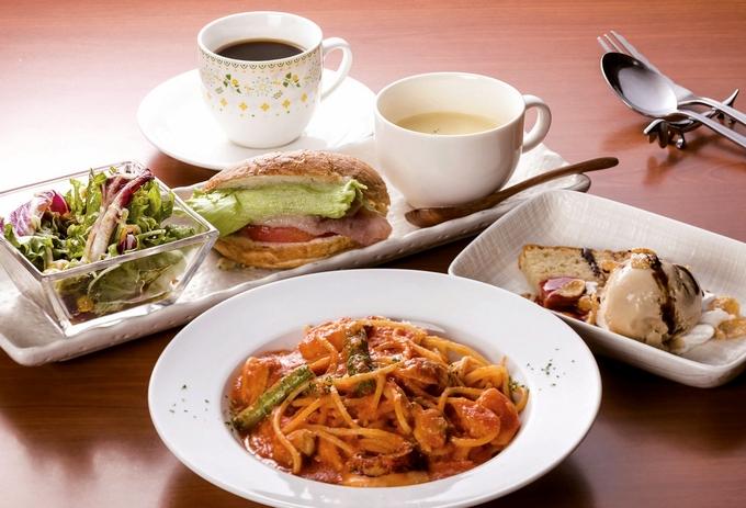 洋dining bar Garden「ベーグルサンド&パスタランチ」