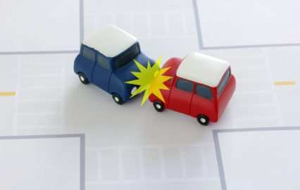 古い記事: 交通事故で示談書を交わす前に注意する点 | 弁護士の法律Q&