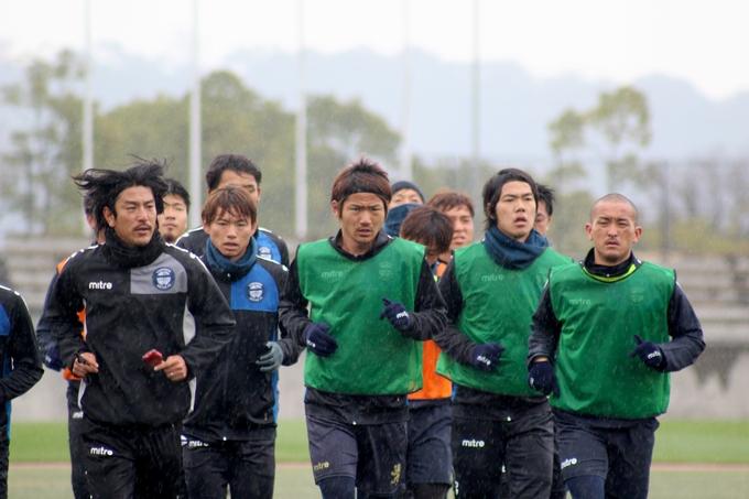 鹿児島U キャプテン・MF 赤尾公選手練習中