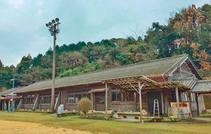 古い記事: 木造校舎って、いいよねぇ~。肝付町川上中学校 | 建物探訪編