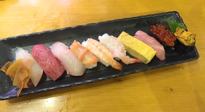 すし・海鮮酒場いっこうの特上寿司10貫