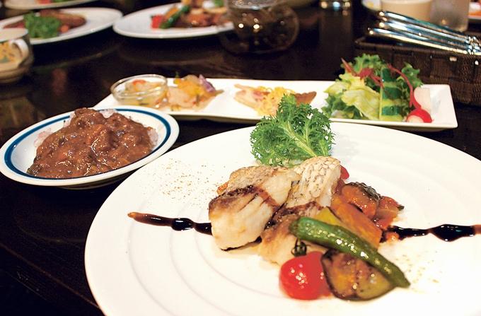 湯の鶴 迎賓館 鶴の屋レストラン