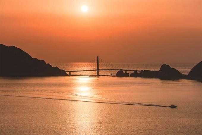 甑大明神橋と夕景