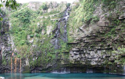 古い記事: 南大隅町根占 | ドラマ「西郷どん」オープニング・雄川の滝は