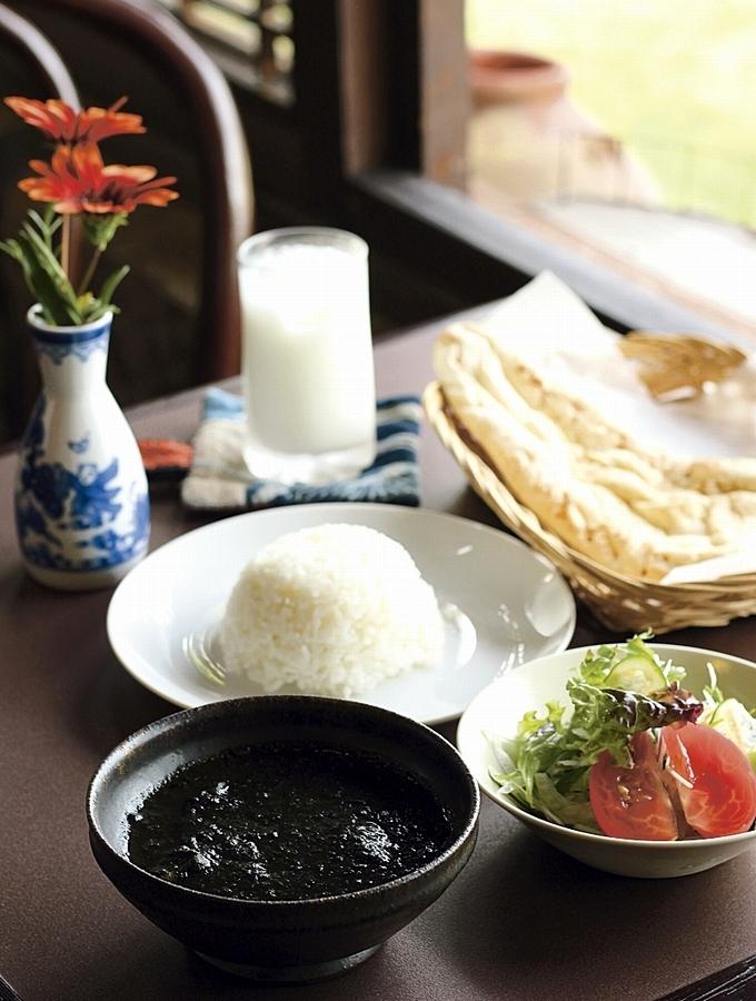 薩摩藩古民家カレーテリア沙羅 鹿児島黒豚黒カレー