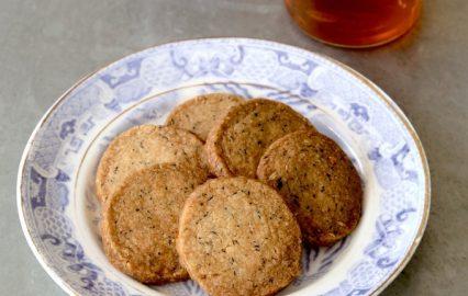 門倉多仁亜のビワの茶葉のアイスボックスクッキー